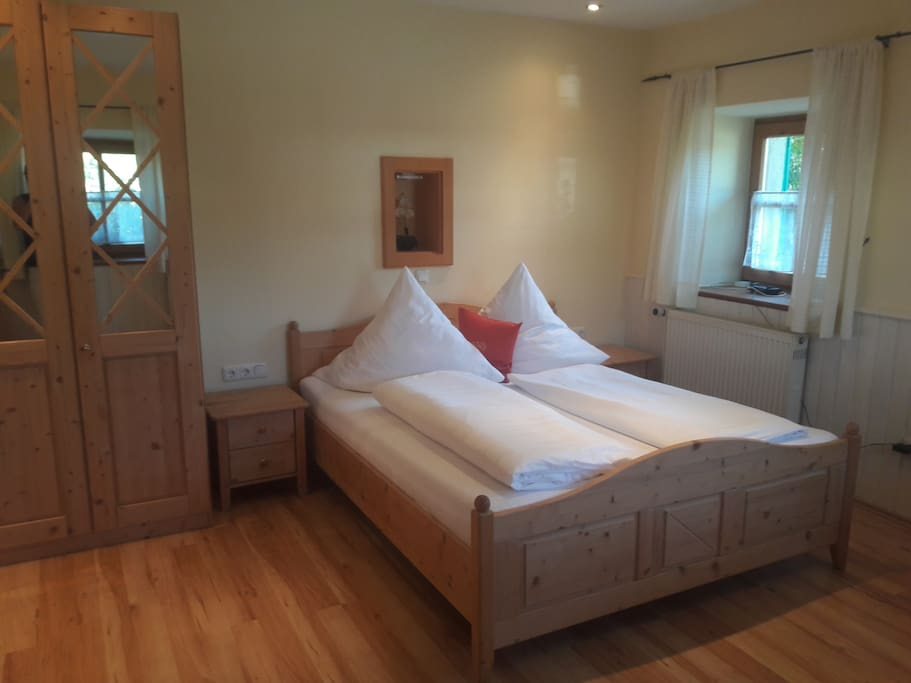 Schlafwohnraum mit Doppelbett