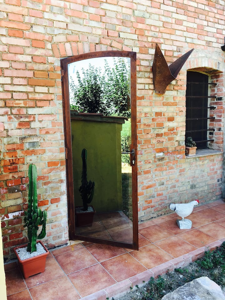 Appartment with garden in Siena countryside