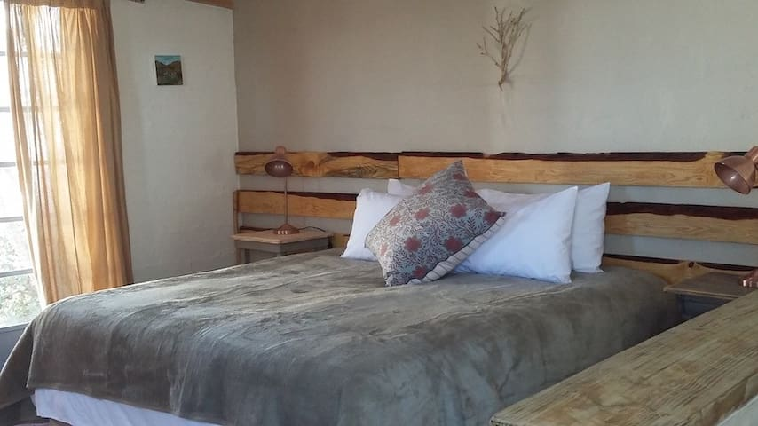 Karoo Scense Self-catering Cottage