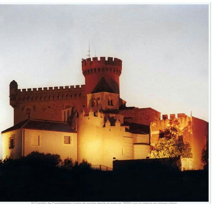 castillo del pueblo de castelldefels