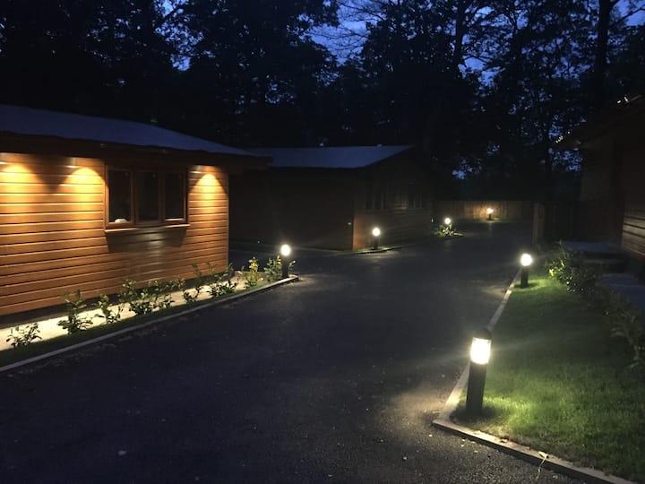 Elm Lodge @ Shellow Lane Lodges