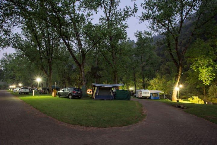 Caravan / Camping (Merry Pebbles)
