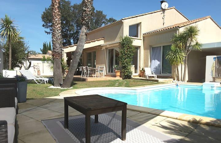 Villa 6 pax,calme,piscine,proche Montpellier/plage