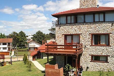 Cabaña para 7, descanso y confort - Villa Gesell - Chalet