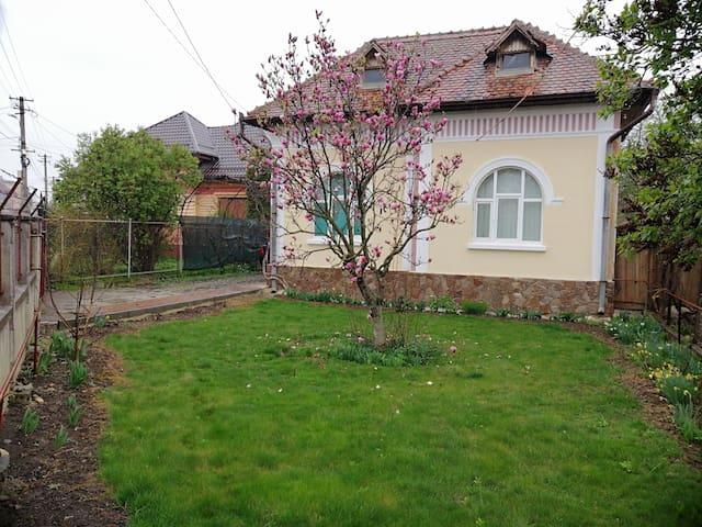 Vicky House