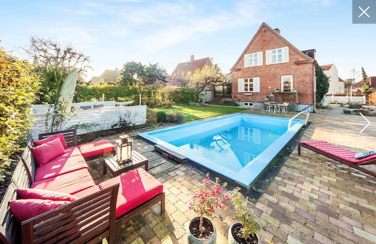 Unique family villa with swimmingpool