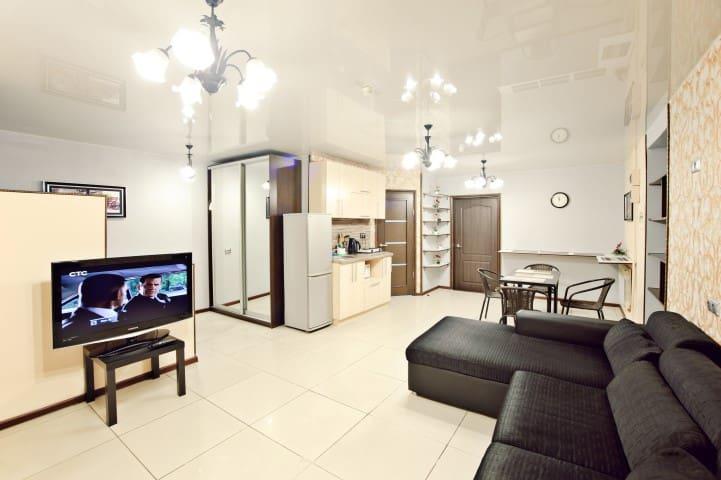 Отличная 2х комнатная квартира - Vladivostok - Appartement