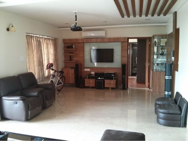Luxurious 3 BHK Fully Furnished Apartment in Baner