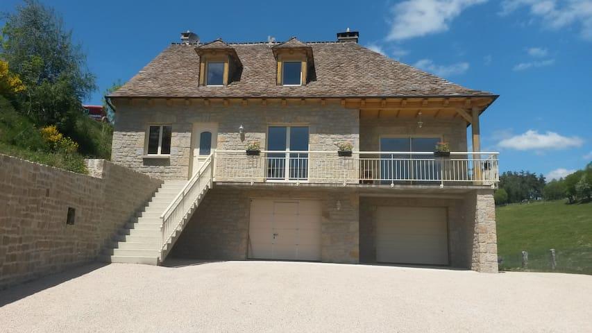 Maison en pierre au coeur de la Margeride - Saint-Léger-de-Peyre - Casa de vacances