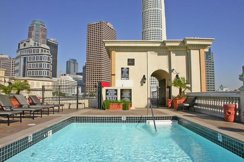 1 of 2 Rooftop Pools w/ AMAZING City Views. Truly in the heart of DTLA!