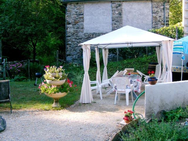 Chambres /vallée luchon/été-hiver/ - Guran - House