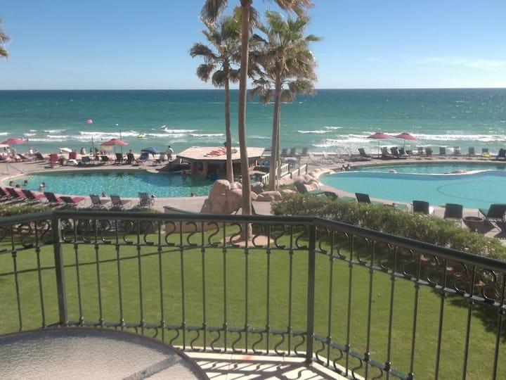 Beach Front Vacation Rental, 2nd Floor Sonoran Sea