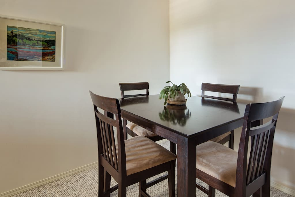 Cafe height table in living/dining area