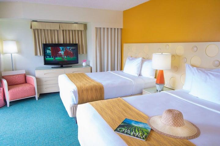 Coconut Waikiki Hotel, City View Two Doubles