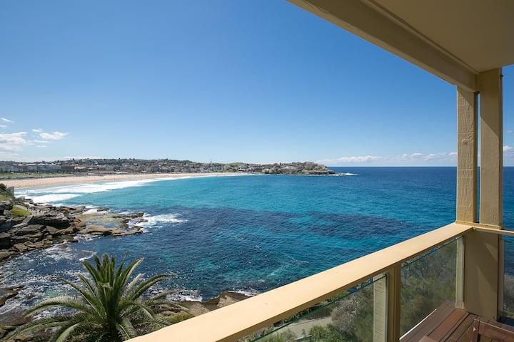 Ultimate Bondi Escape+  Balcony+  Stunning Views!