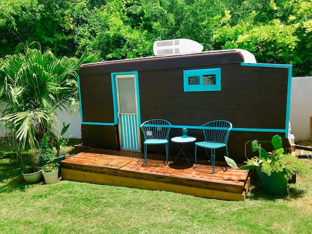 Boho Bungalow in the Heart of Austin