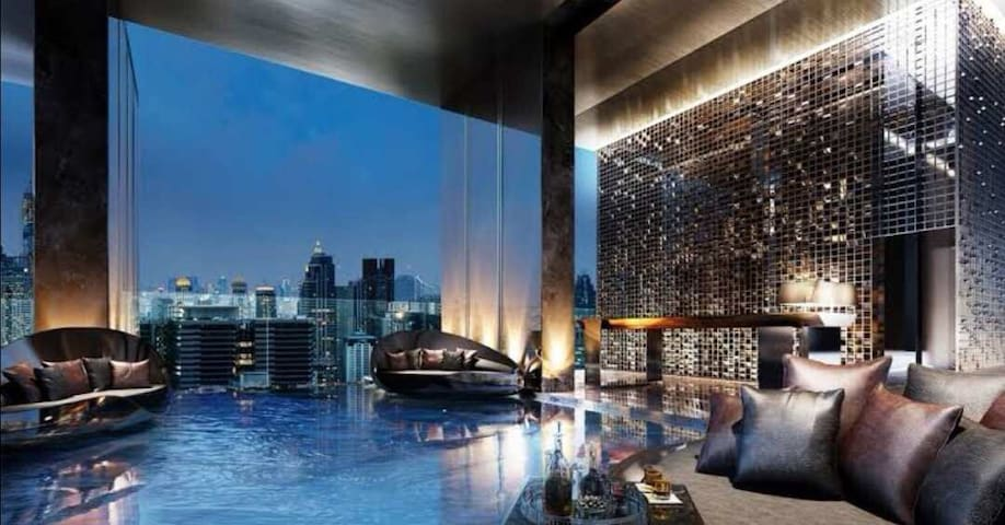 Infinity pool,DistinguishedLuxury,city center轻奢网红
