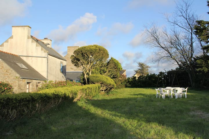 Maison familiale à 1 km de la mer - Ploudalmézeau - Tatil evi