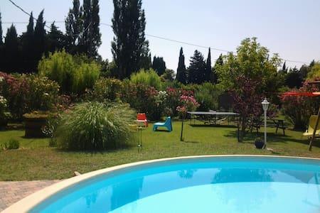 "Mazet en provence ""FRUITS ROUGES"""