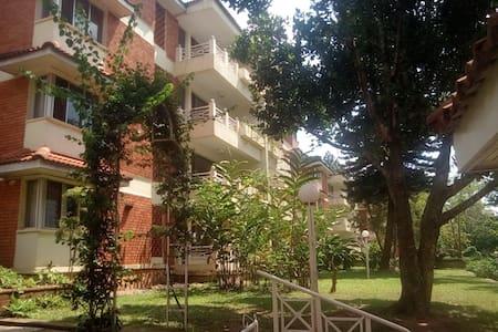 Golf Course Apartments - Kampala
