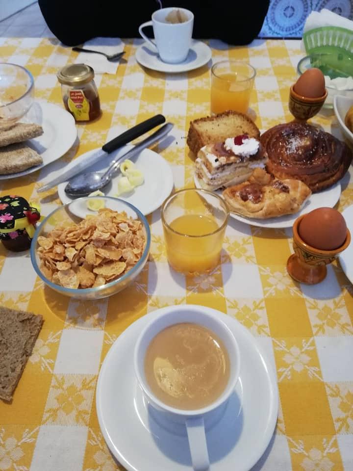 Come a casa di Amici nella Solare Essaouira
