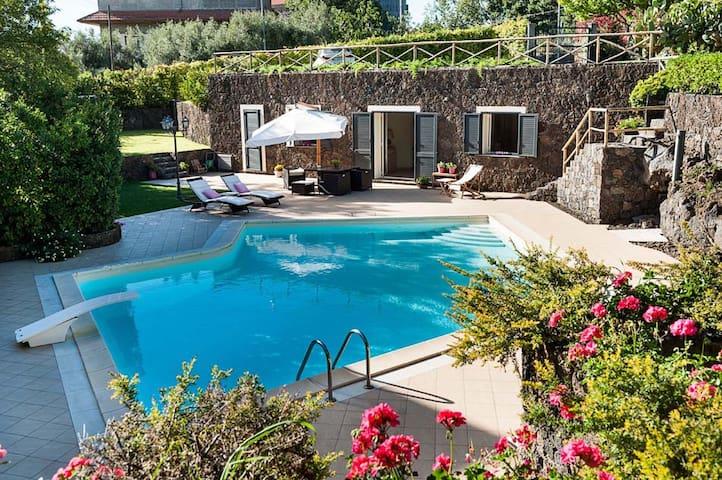 Villa Montefiore, Sicily
