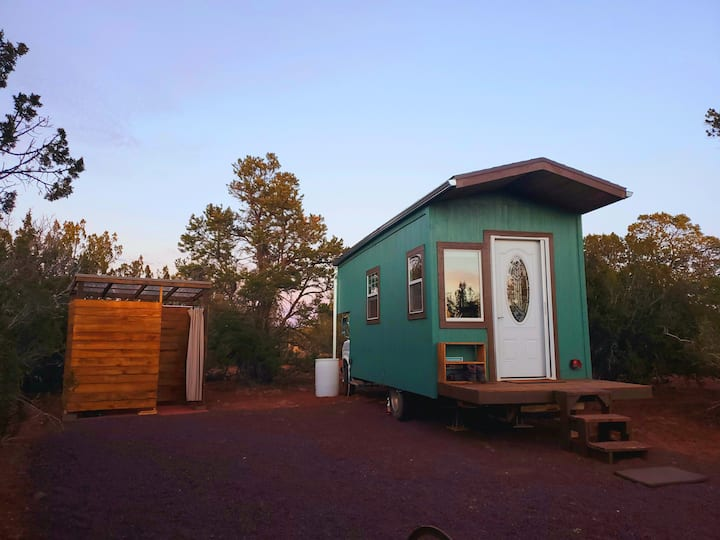 Grand Canyon Getaway Tiny House / MOST PRIVATE BNB