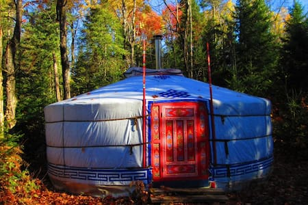 The top 20 yurts for rent in mont tremblant airbnb for Laurentian mountains cabin rental