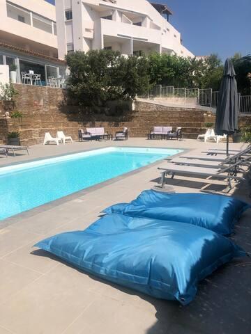 La Voile, à 2 pas des plages et piscine chauffée