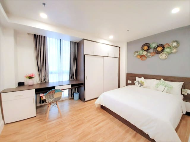 Spacious 2BR Apartment in CBD HCMC