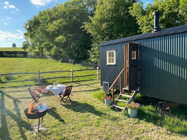 Shepherd's Hut @ Brightling Park Estate