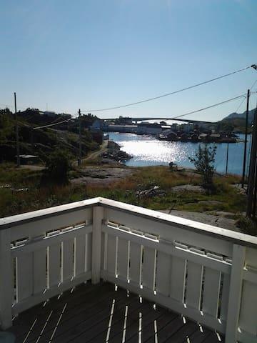 hamnøy hus 1