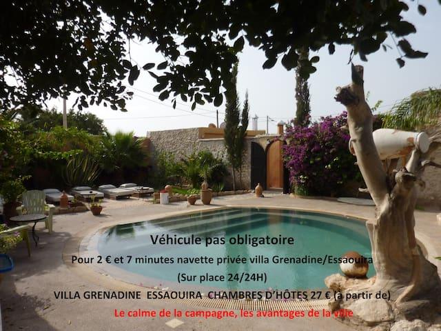 7 Chambres  5 SdB  Petit déjeuner inclus  Piscine - Essaouira - Villa