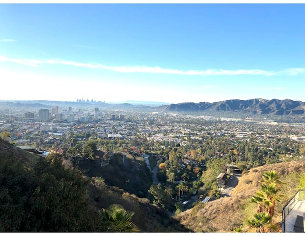 LA downtown and Glendale city view