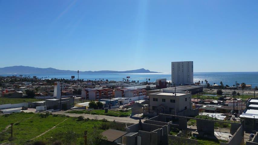 Cozy Apartment with ocean view in El Sauzal - El Sauzal - Srub