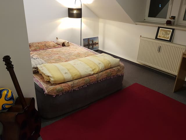 room near chemnitz hbf