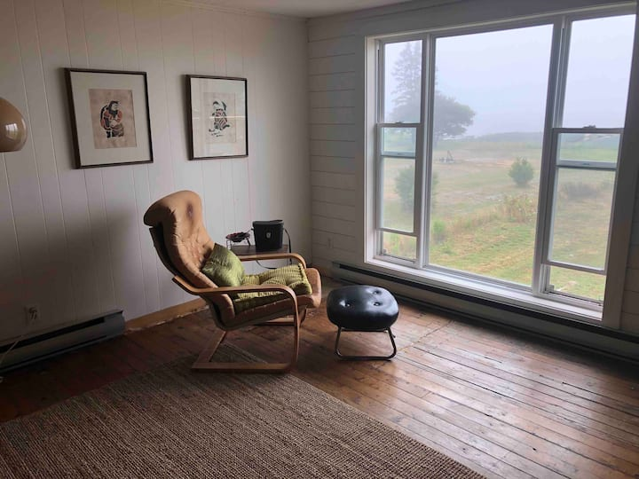 Oceanfront, LaHave, 2 bed apartment