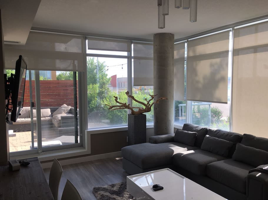 Living room and view to outside