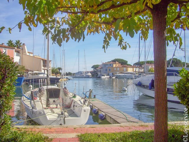 House 5 persons with 13 m mooring Port Grimaud