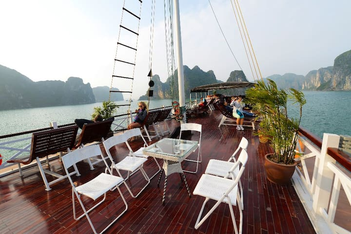 Hanoi – Halong bay – Hanoi ( 4Days 3Nights ) - Hanoi - Apartment
