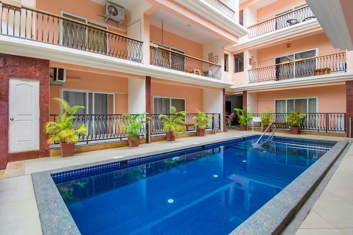 Lavish 2 BHK apartment with a pool/73588
