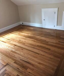 Room in Cape Cod home near Bryant