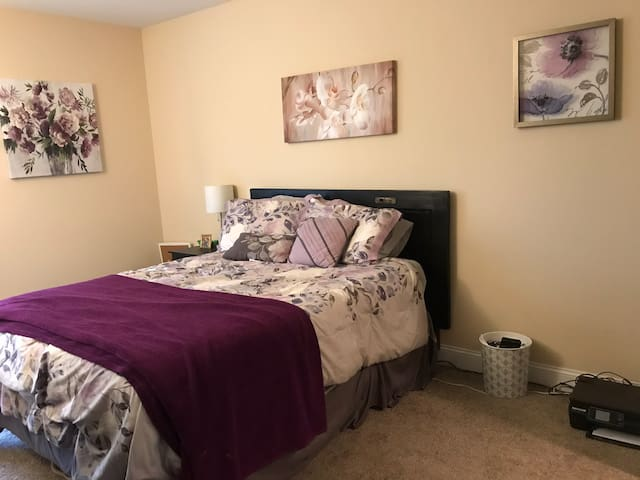 Charleston Sublet Long Say Requests Only