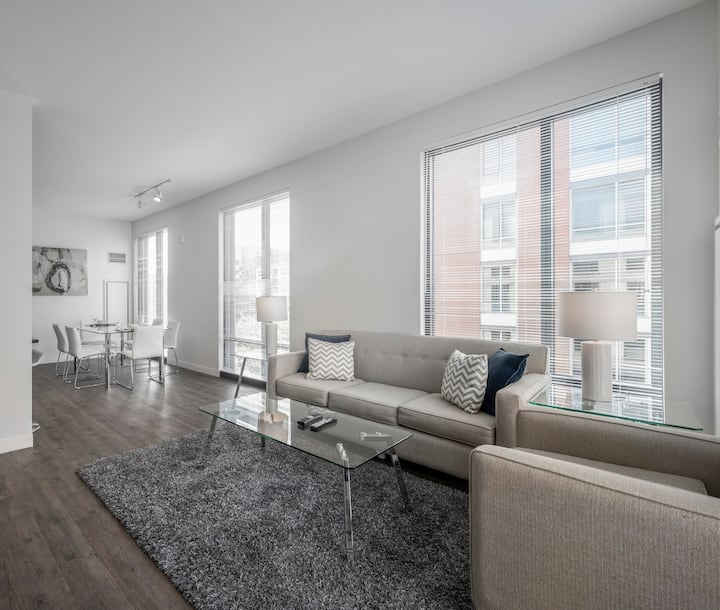Private & Clean 3BR Apt | Pool & Gym | Boston