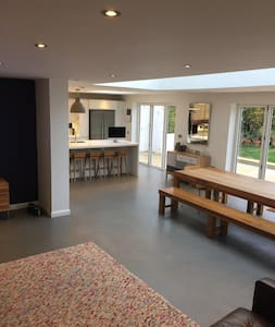 Architect designed, family friendly, stunning home - Berkhamsted
