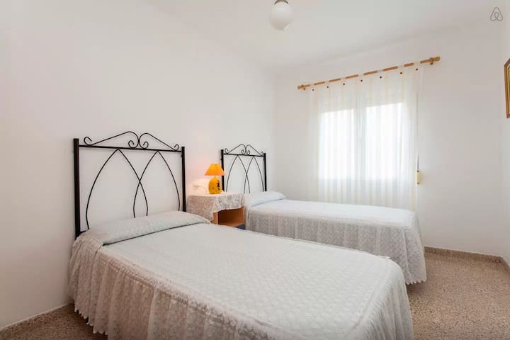 WIFI TWO BEDS NEAR CITY CENTER