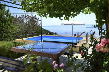 Holiday Home Marty Bast w/ pool - Bast