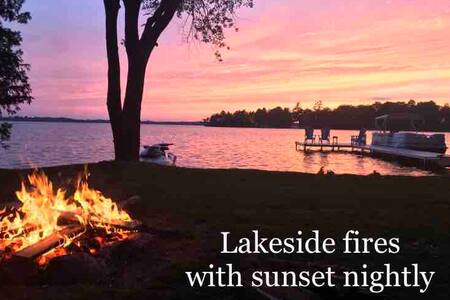 Sunset Bay Cottage- Fenelon Falls Getaways