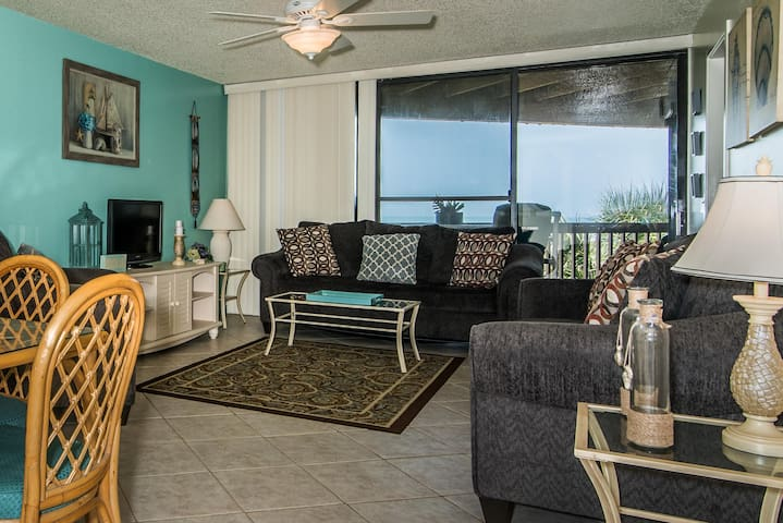 Hibiscus Resort - A201, Ocean Front, 2BR/2BTH, 3 Pools, Wifi - Butler Beach - Altres