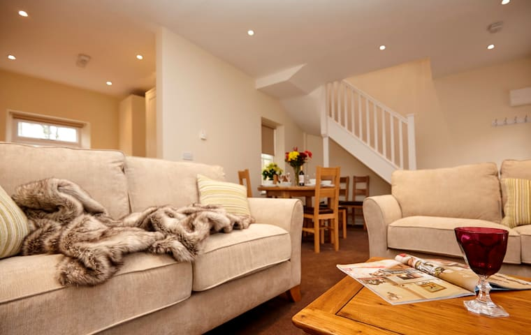 Lord High Admiral. Sleeps 4 - Gloucestershire - Leilighet